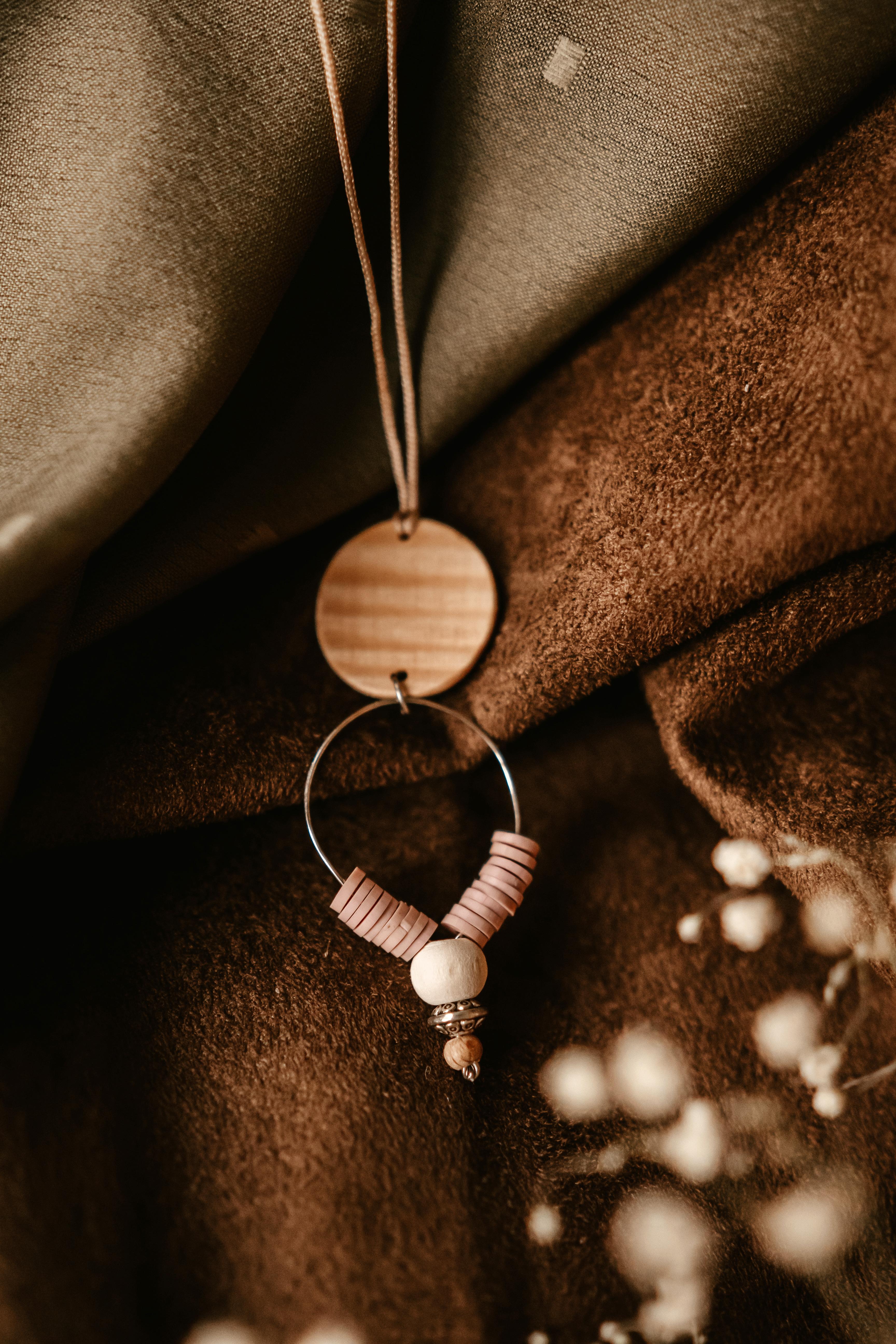 pendentif bois